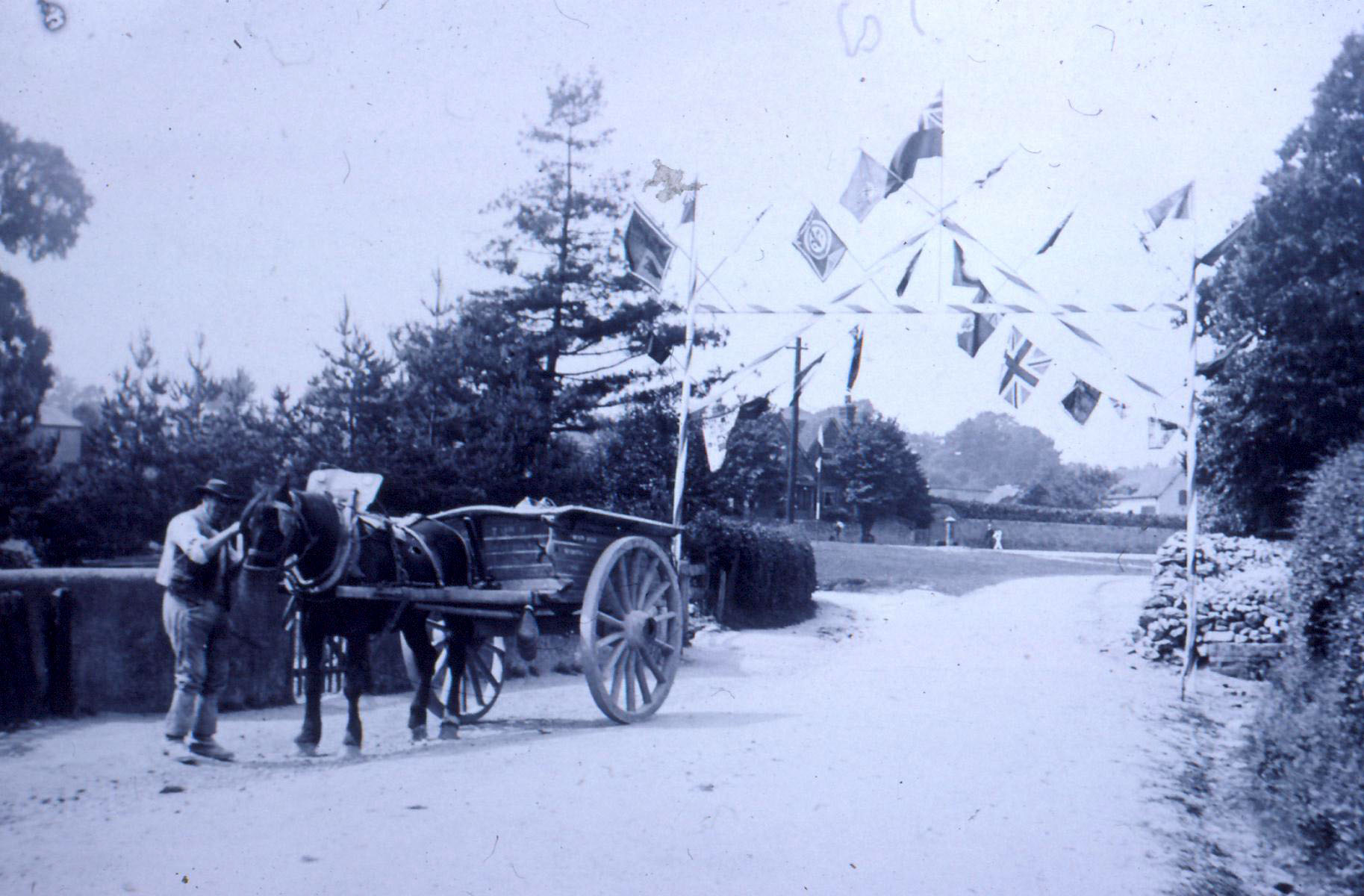 Horse & Cart on Westcott Green (reversed)