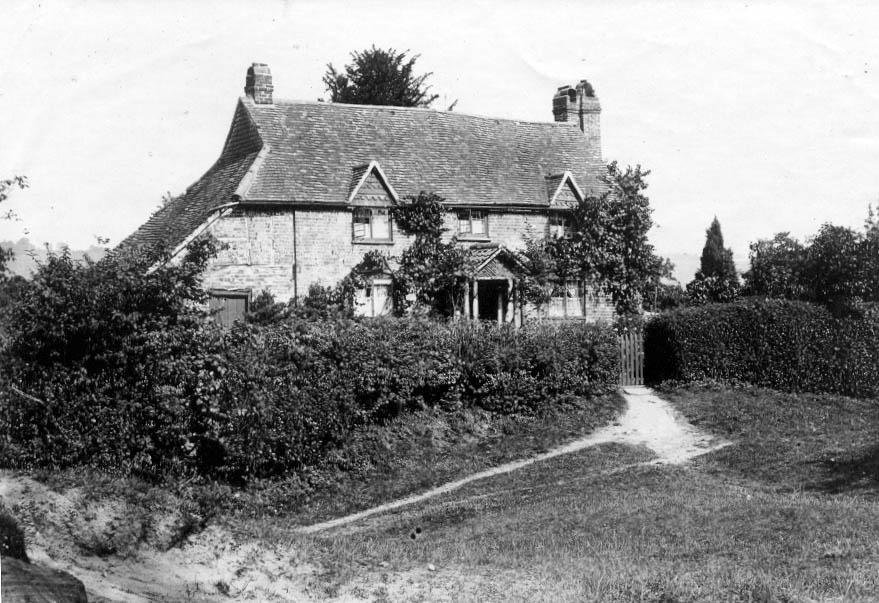 Sandrock Cottage (Image 2)